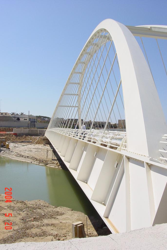 Ponte sul fiume arena mazzara del vallo tp 2003 for Cabine sul bordo del fiume